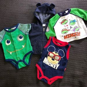 Bundle of 4 baby boy 0-3mths outfits